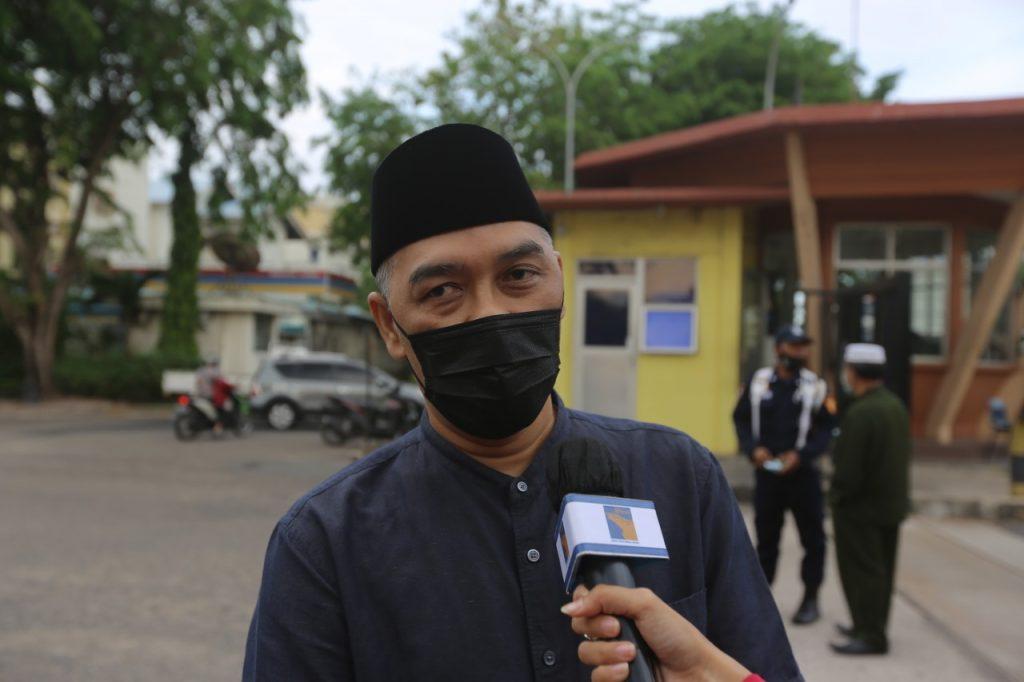 Ramadan Berkah | BP Batam Berbagi Takjil dengan Masyarakat ...